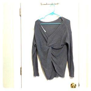 Light Blue Market & Spruce Small Pullover